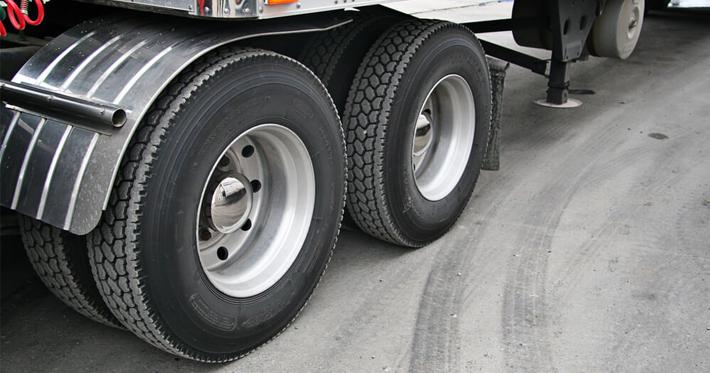 pneus de caminhões
